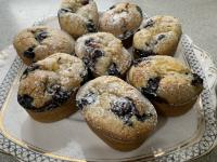 Lemon curd and blueberry friands