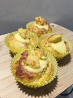 Muffins Filled with Curd