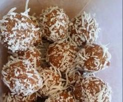 Nut free bliss balls