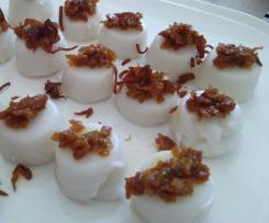 Chwee Kueh (Steamed Rice Cake)
