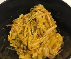 Chicken, Spinach and Sun-dried Tomato Fettuccine