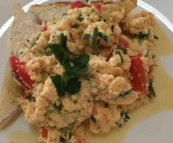 No Stick Scrambled Eggs Cooked in Thermo Jug