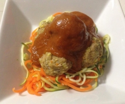 Meatballs with Tomato sauce and veg noodles