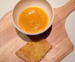 Roast carrot soup