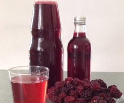 Black currant or berry syrup