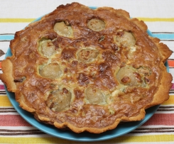 Blue cheese, walnut and pear tart
