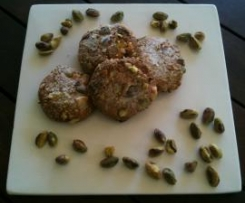 CHEWY PISTACHIO, OAT & ALMOND BISCUITS