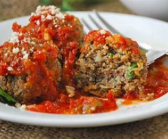 Vegetarian 'meatballs' (contains Nuts)