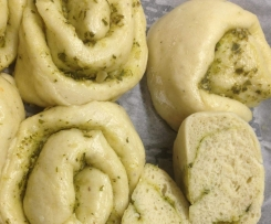 Steamed Pesto & Garlic Scrolls
