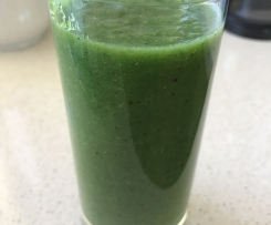 Alkalising Green Smoothie