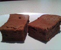 Dairy Free, Sugar Free Chocolate Berry Cake