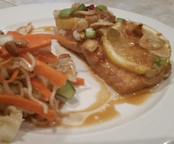Steamed Salmon with Thai Sauce