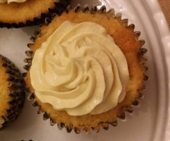 Spiced Apple Cupcakes with maple Buttercream Frosting