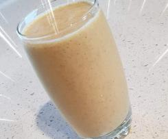 Turmeric, Banana Breakfast Smoothie