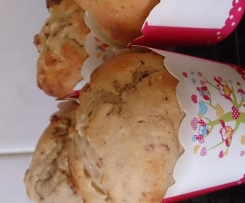 banana and cranberry muffins