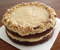 "Carrot Cake with ""Cream Cheese"" Frosting (Gluten, Dairy and Refined Sugar Free)"