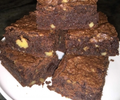 Chocolate and walnut brownie