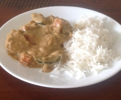 Satay Sauce with Quorn Chicken-Style Fillets &/or Vegetables