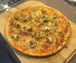 Garlic Prawn and Basil Three Cheese Pizza