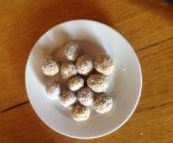 Apricot and almond balls