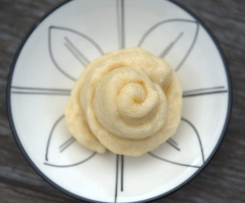 Steamed Coconut Caramel Roses