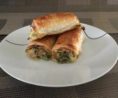 Spinach, Bacon and Cheese Sausage Rolls