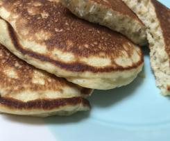 Chia Banana Yoghurt Pancakes