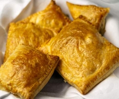 Creamy Chicken Curry Parcels (Standard or with YIAH)