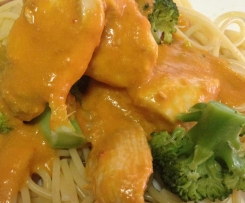 Creamy Tomato Pasta Sauce w Chicken and Broccoli
