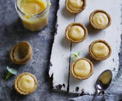 Lemon curd - Louise Keats