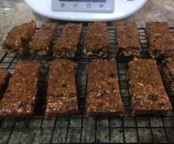 Sweet and Salty Museli Bars - Crunchy