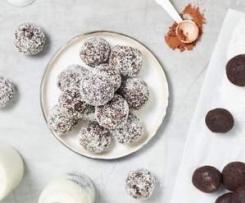 Almond pulp truffles