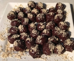 Chocolate Kahlua Balls