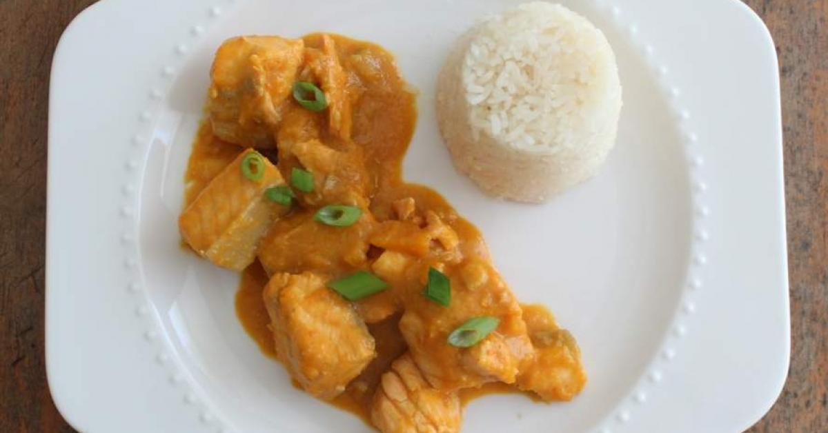 Vietnamese fish curry with sticky rice by quirky cooking for Rice dishes with fish