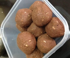 Leftover Almond Pulp Truffles