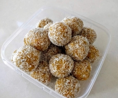 Healthy Apricot, Nut & Seeds Bliss Balls