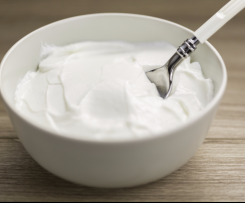 Thick Creamy Vanilla Greek Yoghurt