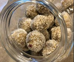Apple Crumble Bliss Balls