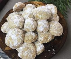 Southern Pecan Butter Balls