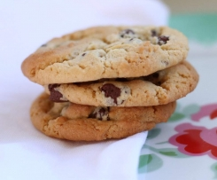 Only THE BEST Chocolate Chip Cookies EVER!