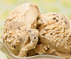 Easy Baileys choc-chip Ice-cream