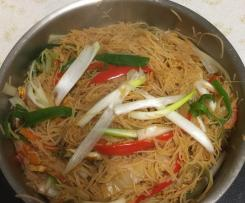 Tom Yum Fried Noodles (Rice Vermicelli)