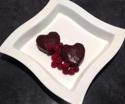 Almond and raspberry flourless chocolate cake