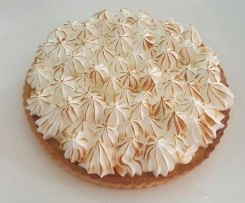 Lime and passion meringue pie
