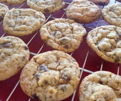THE BEST Chocolate Chip Jaffa Cookies EVER!