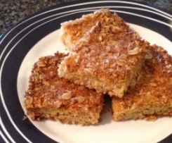 ROLLED OATS SHORTBREAD SLICE