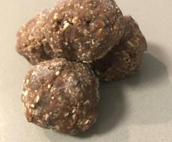 Choc Peanut Butter Bliss Balls