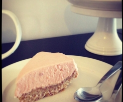 Strawberry & White Chocolate Cheesecake - Gluten Free