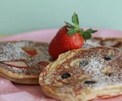 Banana, oat and spelt pancakes