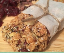 Oat, mint & cranberry muesli bar